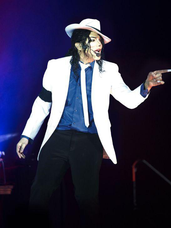 Navi – The King of Pop, The Legend Continues, Weymouth Pavilion