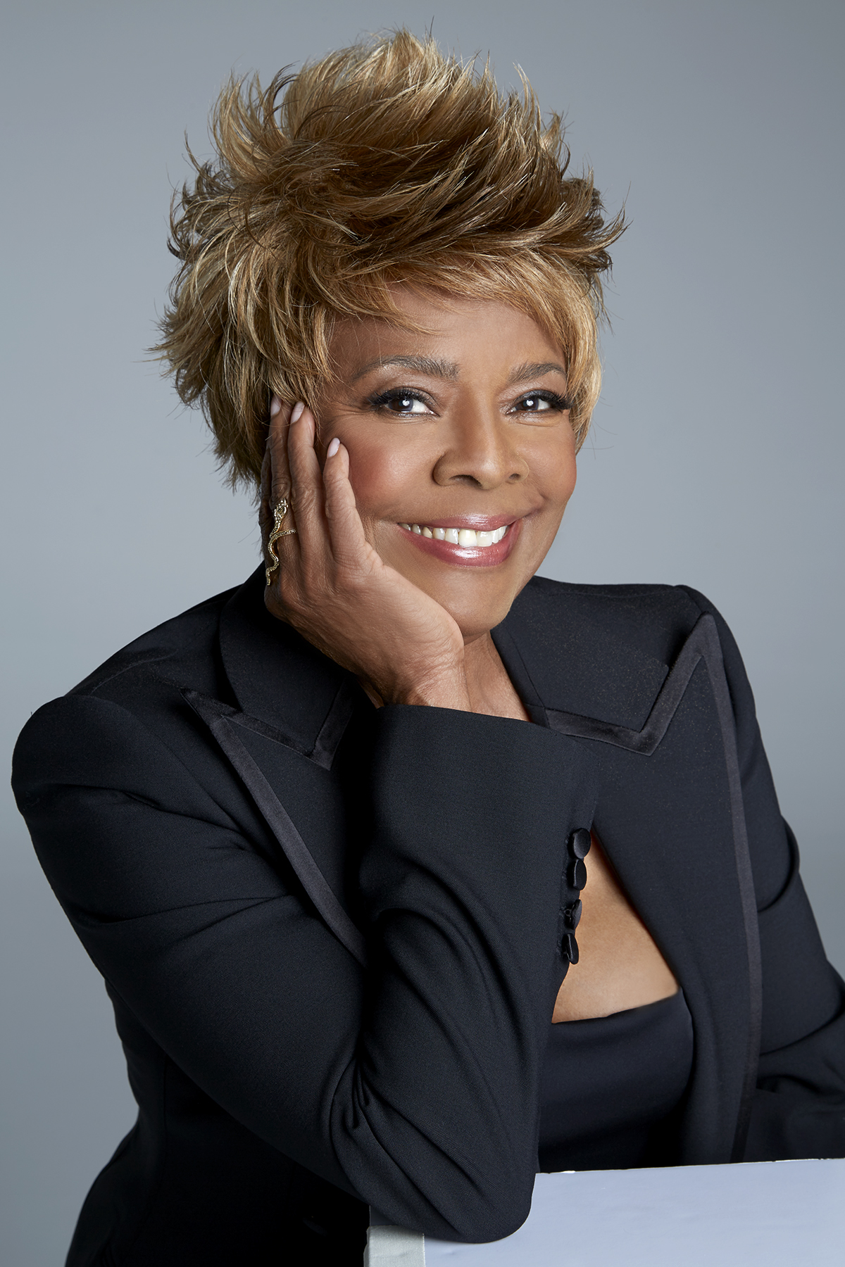 Thelma Houston talks new music, shows in 2020, and digital age